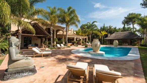 romantic villa with pool