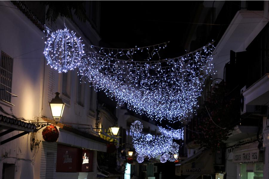 Christmas in Marbella - street lights