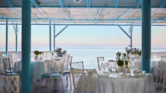marbella club hotel restaurant image via marbellaclub com