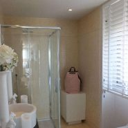 Arrayanes Golf penthouse_Guest bathroom_Realista Quality Properties Marbella