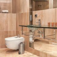 Bahia de La Plata _bathroom_Realista Quality Properties Marbella
