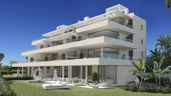 Ground floor apartment for sale in Catalaya Estepona. Resale!
