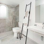 IVY Residence Nueva Andalucia_master bathroom_Realista Quality Properties Marbella