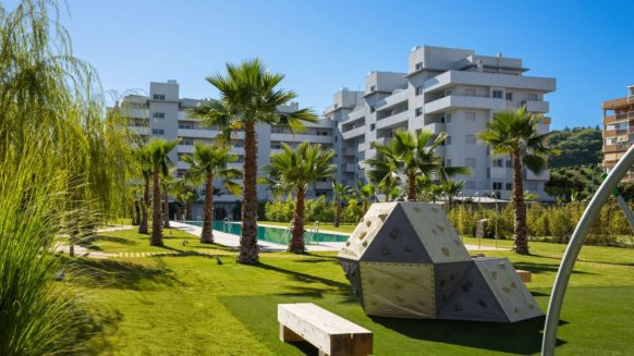 Apartment for sale in Sauce2 Fuengirola close to the best beaches of Marbella