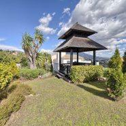 Villa El Capitan Benahavis_Garden patio_Realista Quality Properties Marbella