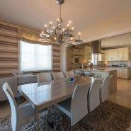 Villa El Capitan Benahavis_dining area_Realista Quality Properties Marbella