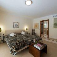 Villa Las Brisas Golf Valley, Nueva Andalucia_Guest room II_Realista Quality Properties Marbella
