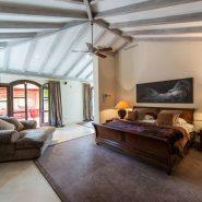 Villa Los Monteros Playa_Master bedroom_Realista Quality Properties Marbella