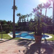 Beachside Villa Bahia de Marbella_Large garden_Realista Quality Properties Marbella