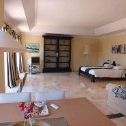 Beachside Villa Bahia de Marbella_Master bedroom_Realista Quality Properties Marbella
