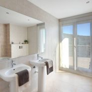 Benahavis Hills Country Club_Guest bathroom_Realista Quality Properties Marbella
