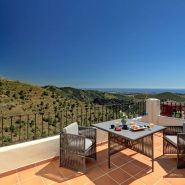 Benahavis Hills Country Club_terrace I_Realista Quality Properties Marbella