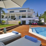 Contemporary 6 bedroom front line golf villa Los Naranjos Golf_Realista Quality Properties Marbella