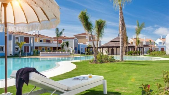 Cortijo del Mar Estepona_ ground floor 2 bedroom apartment_ Communal area_Realista Quality Properties Marbella