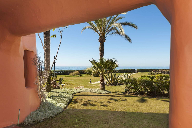 La Morera ground floor apartment first line beach of Los Monteros Marbella