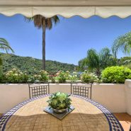 Las Lomas de la Quinta benahavis_3 bedroom duplex penthouse for sale_View_Realista Quality Properties Marbella