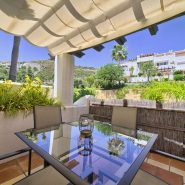 Las Lomas de la Quinta benahavis_3 bedroom duplex penthouse for sale_terrace I_Realista Quality Properties Marbella