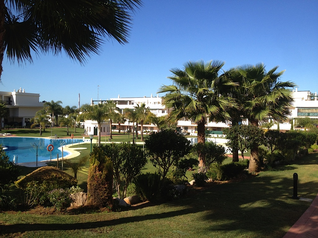 Opportunity! Apartment for sale Lorcrimar 5 Puerto Banus in Nueva Andalucia, Marbella