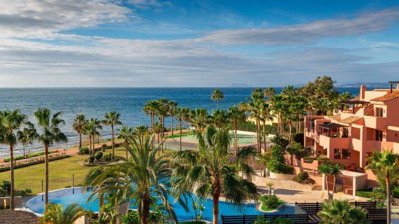 Mar Azul Estepona Beach front penthouse_View_Realista Quality Properties Marbella