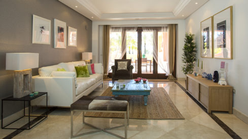 Mar Azul Estepona_Beach front_Livingroom I_Realista Quality Properties Marbella