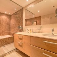Marina Puente Romano_Duplex penthouse_Bathroom_realista Quality Properties Marbella