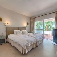 Marina Puente Romano_Duplex penthouse_Guest bedroom_realista Quality Properties Marbella