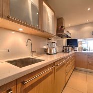 Marina Puente Romano_Duplex penthouse_kitchen I_realista Quality Properties Marbella