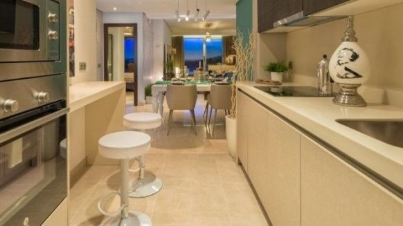 Modern apartment Floresta Sur La Mairena Elviria_Kitchen_Realista Quality Properties Marbella