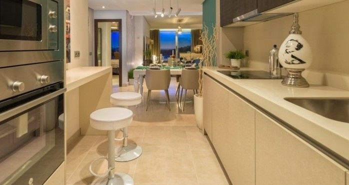 Modern apartment with sea views La Mairena Elvira, Marbella