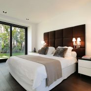 Modern villa for sale Los Monteros Playa_Master bedroom V_Realista Quality Properties Marbella