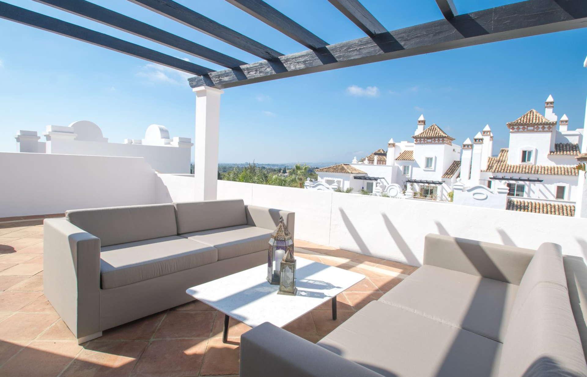 Columbus Hills 3 bedroom apartment in Sierra Blanca Marbella for sale