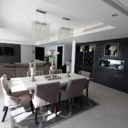 El Madronal 5 bedroom villa for sale_dining table_Realista Quality Properties Marbella