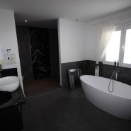 El Madronal 5 bedroom villa for sale_guest bathroom_Realista Quality Properties Marbella