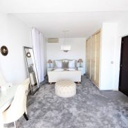 El Madronal 5 bedroom villa for sale_guest bedroom I_Realista Quality Properties Marbella