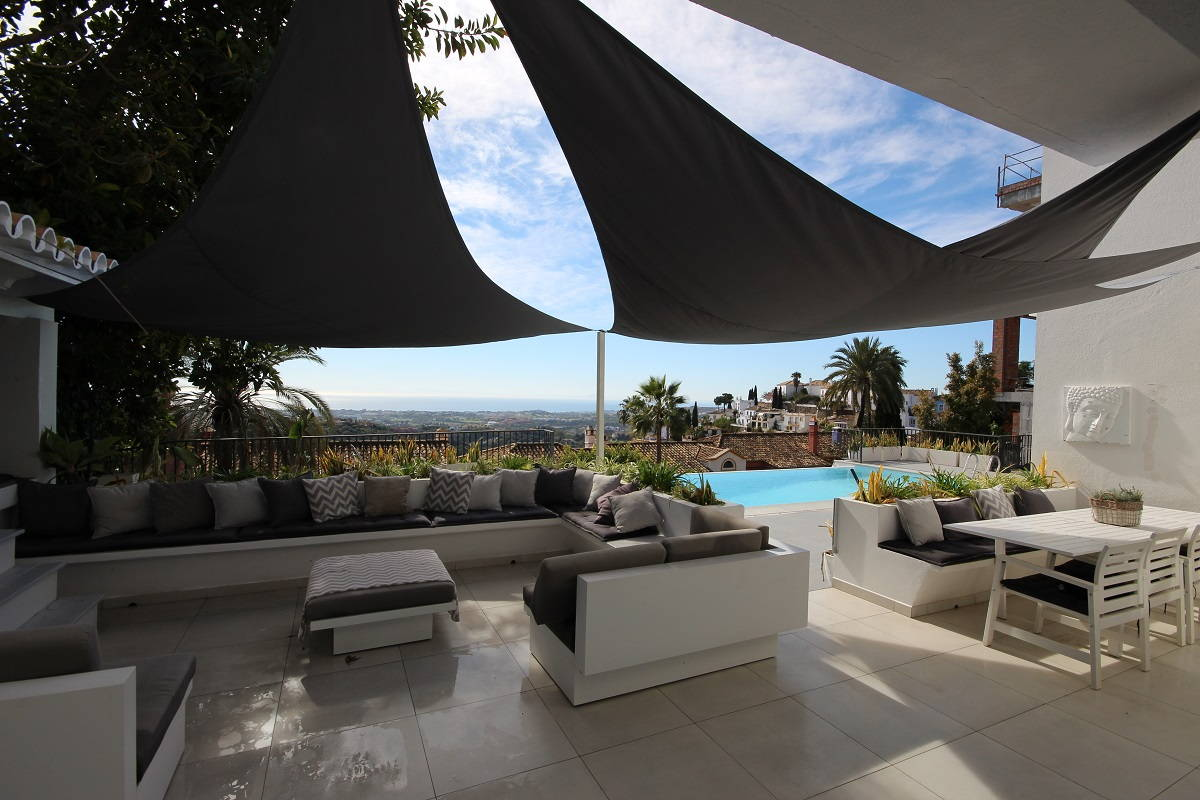 El Madronal 5 bedroom villa for sale_terrace III_Realista Quality Properties Marbella
