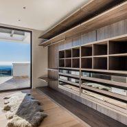 La Zagaleta for sale_Luxury villa_Heaven 11_ walkin closet masterbedroom_Realista Quality Properties Marbella