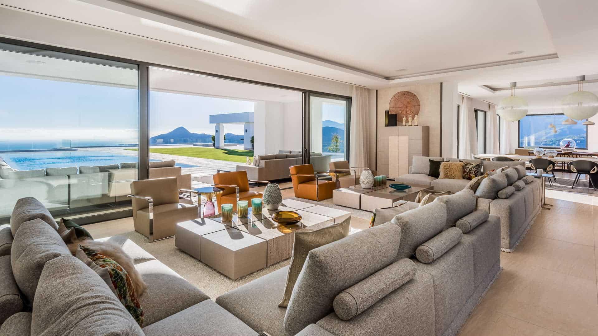 The most exclusive new modern villa for sale with breathtaking views in La Zagaleta, Benahavís