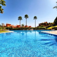 Lomas del Conde Luque Benahavis_sea view 2 bedroom apartment_swimming pool_Realista Quality Properties Marbella