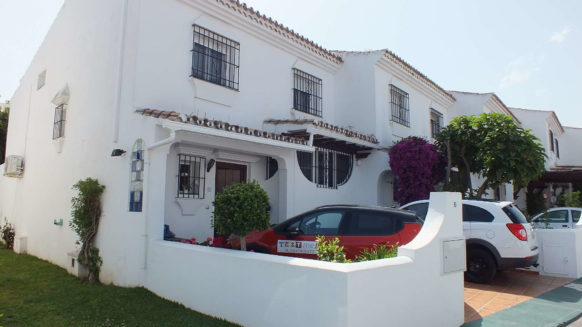 Las Petunias 4 bedroom townhouse for sale San Pedro de Alcantara_Walking Distance Puerto Banus_Realista Quality Properties Marbella 19