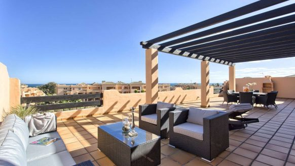 Casares Beach apartments penthouses beach side for sale_Realista Quality Properties Marbella 22