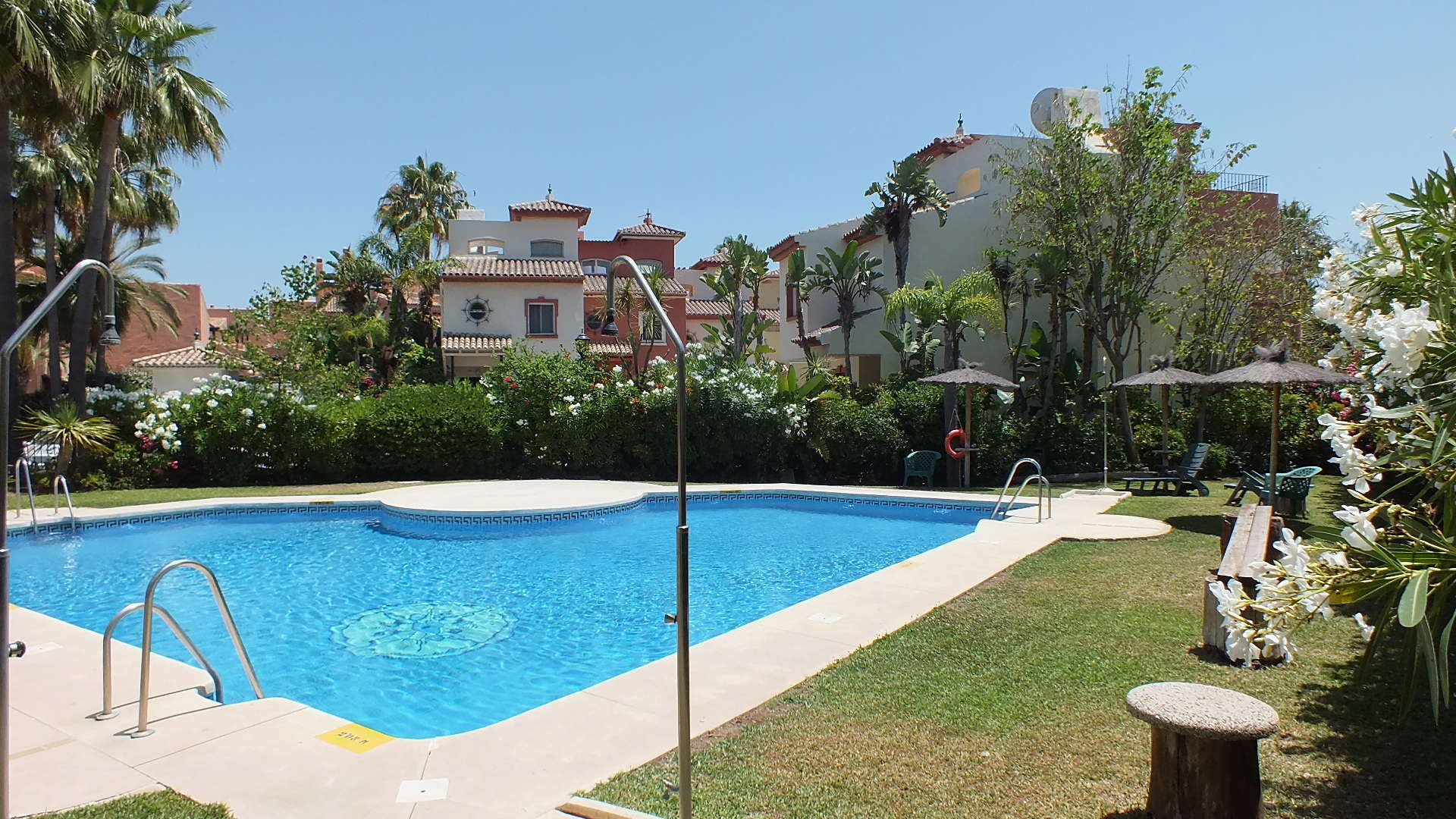 Garden Beach townhouse Estepona for sale close to town