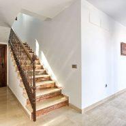 Villa Nueva Andalucia for sale_ walking distance Puerto Banus Marbella_ Realista Quality Propeties Marbella 19