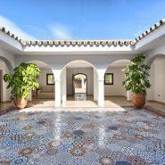 Villa Nueva Andalucia for sale_ walking distance Puerto Banus Marbella_ Realista Quality Propeties Marbella 5