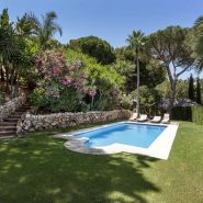 Beautiful family villa for sale in Elviria with large garden area_Realista Quality Properties Marbella 10