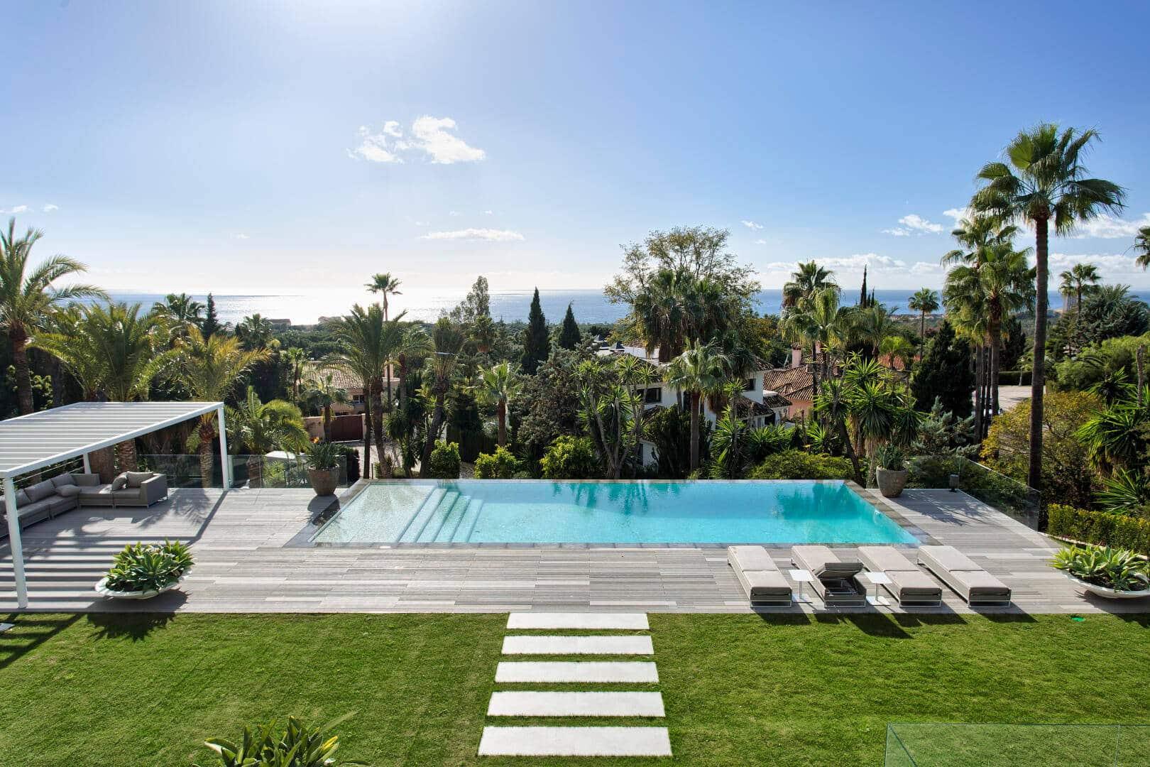 Villa with breath taking sea views for sale in Hacienda Las Chapas, Marbella East