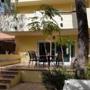 Garden beach estepona townhouse for sale beachside frontline beach_Realista Quality Properties Marbella