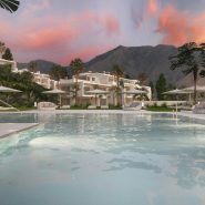 Alcazaba Lagoon apartments for sale Estepona with infinty lake_Realista Quality Properties Marbella