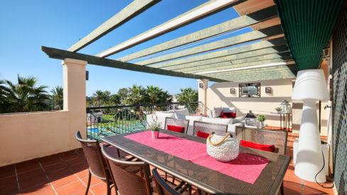 Apartment in Puerto Banus for sale Locrimar Altos del Rodeo_Realista Quality Real Estate Marbella