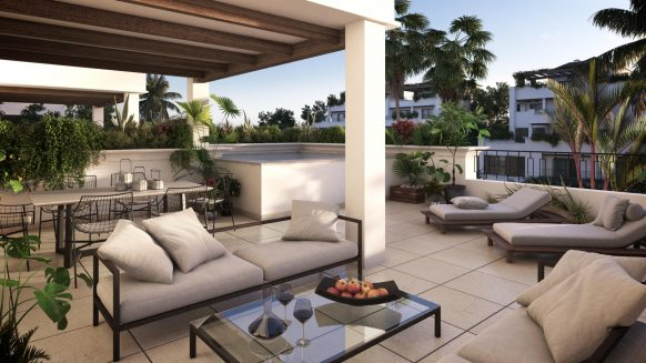 Duplex penthouse with 3 bedrooms and own plunge pool in Lomas del Rey on the Golden Mile Marbella just above Puente Romano Hotel