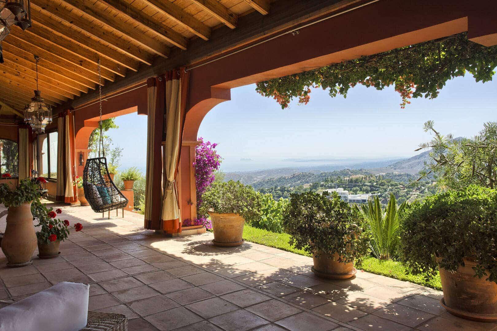 Traditional La Zagaleta Villa with Spectaculair Views